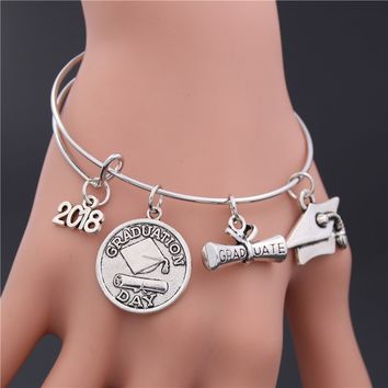 1PC 2018 Graduation College Cap Infinity Love Charm Bracelets Expandable Bangle Jewelry Women Men Gift