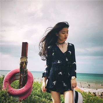 2018 spring and summer V-neck stretch was thin Feihe seven-point sleeve jumpsuit resort beach skirts