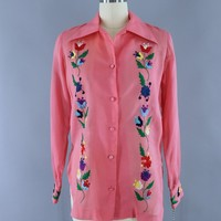 Vinage 1970s Darrylin Pink Floral Embroidered Mexican Blouse