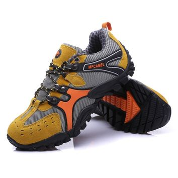 Outdoor Mountaineering Shoes Sport Men's Hiking Boots Lace-up Shoes For Climbing Mountain Anti-slip and Wearable New