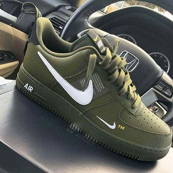 NIKE AIR FORCE 1 07 LOW Shoes Sneakers