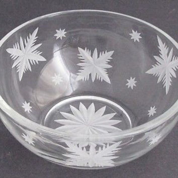 Hand cut glass bowl, frosted snowflake Can be customized
