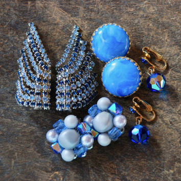 Vintage Clip On Earrings Set of Four Blue Rhinestone Beaded Cluster Lucite Dangle Japan Mid Century 1960's // Vintage Costume Jewelry