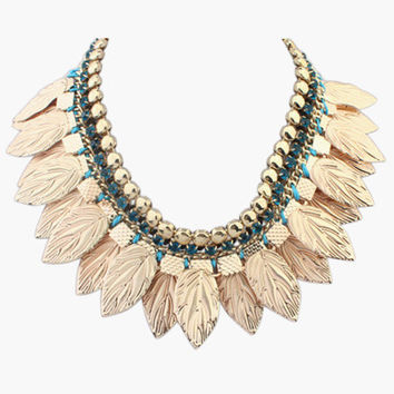 Leaves and Pearl Collar Necklace