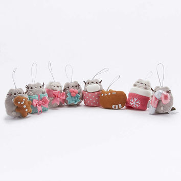 Pusheen Christmas Ornament Blind Box - Urban Outfitters