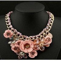 BEADY FLORAL CHOKER NECKLACE - PINK