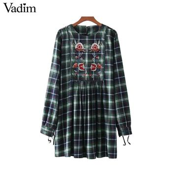 Vadim cute floral embroidery plaid dress pleated long sleeve vintage cuff tie back buttons casual chic mini vestidos QZ3233