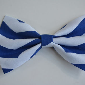 Hair Bow - White and Blue Chevron Hair Bow,  bows for hair, girls Hair bows, fabric bows, Hair Bow for teens and women