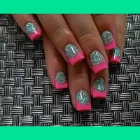 Hot pink tips & silver glitter bed.