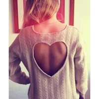 SEXY FASHION HEART-SHAPED SWEATER