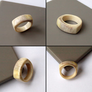 Antler ring, Size 9,5 US, Antler rings, Antler jewelry, Deer antler, Signet ring, Men ring, Antler men ring, Antler band ring, Elk antler