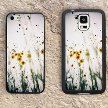 Daisy iPhone Case-Floral Patterns Wild Flower Fauna iPhone 5/5S Case,iPhone 4/4S Case,iPhone 5c Cases,Iphone 6 case,iPhone 6 plus cases,Samsung Galaxy S3/S4/S5-246