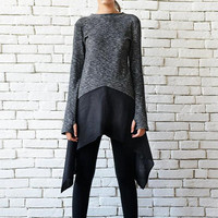 Asymmetric Loose Tunic/Grey and Black Top/Extravagant Suspenders Tunic/Thumb Hole Sleeve Blouse/Casual Two Color Top/Oversize Long Short Top