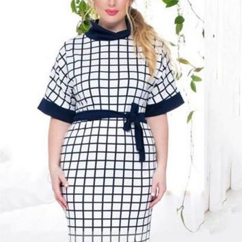 Plus Size White Half Sleeve Plaid Women's Sheath Dress