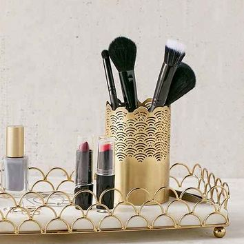 Scalloped Makeup Storage Tumbler