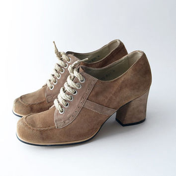 Vintage light brown suede lace up heels / women oxford shoes chunky heel