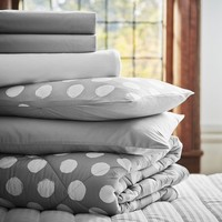 Dot Chic Deluxe Bedding Set, Light Gray