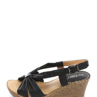 Black Resort Walk Wedges | $10.00 | Cheap Trendy Wedges Chic Discount Fashion for Women | ModDeals.