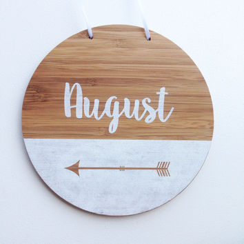 Personalized Round Name Plaque
