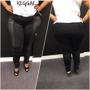 Black Fitted Skinny Jeans - Curvy Size