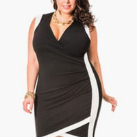 Black Sleeveless V-Neck Midi Dress