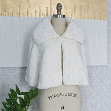 Vintage 1980s White + Fluffy Faux Fur Cape