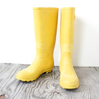 Vintage Retro Bright Yellow Rain Boot Shoes Size Women's 8