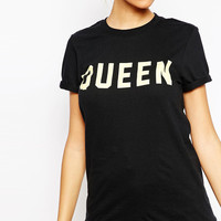 Black Queen Printed T-shirt