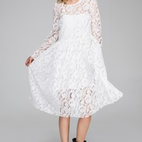 Sleeves lace dress
