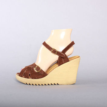 ca9a60a04d8 70s SBICCA Boho Suede PLATFORMS   1970s Strappy Brown Leather We. Shoes ...