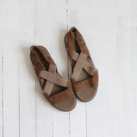 Vintage 90s Two Toned Brown Leather Rustic Sandals | Women's 7