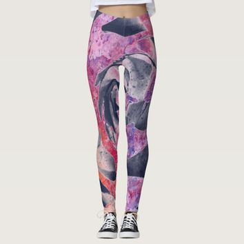 Cool Grey marble texture with purple Rose flower Leggings