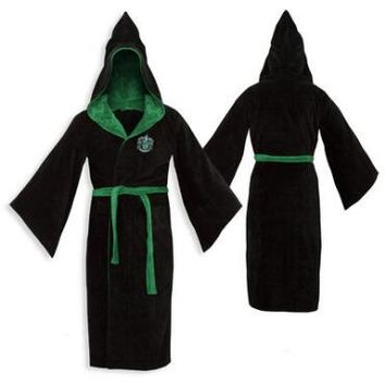Slytherin Cotton Adult Bathrobe | HarryPotterShop.com