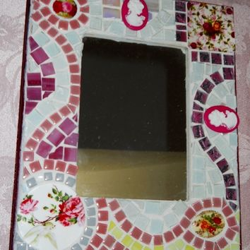 Mosaic Mirror Shabby Chic Mosaic Picture Frame Handmade broken china plate rims wall MIrror Stained glass Wall Mirror