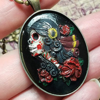 Day of the Dead Sugar Skull Cameo Necklace, Dia De Los Muertos Cameo, Sugar Skull Necklace