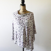 Summer Poncho/ Nursing Poncho/ Breastfeeding Poncho/ Nursing Cover/ Nursing Shawl/ Purple and Grey Floral Print