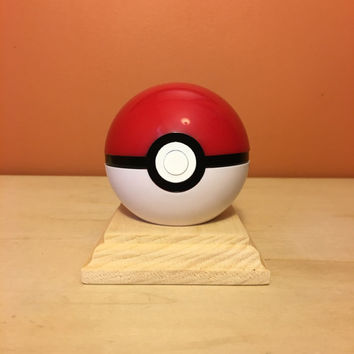 Pokemon: Pokeball