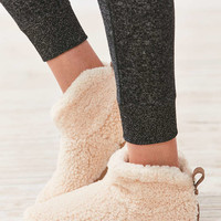 UGG Amary Slipper - Urban Outfitters