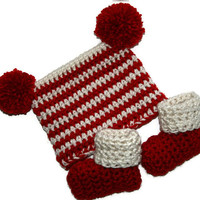 Santa baby hat newborn Christmas booties, holiday baby set, Santa photo prop 0-3 months Ready-to-ship