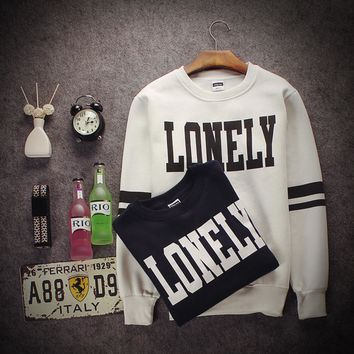 Couples install the new Slim letter printing couples Banxiang long - sleeved round neck sets of Wei T - shirt tide