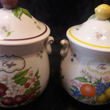 Lovely Vintage set of  2 Lenox Canisters from the Orchard Collection.