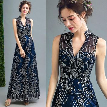 【PRESALE】High Collar V Neck Evening Dress With Rose Shining Pattern