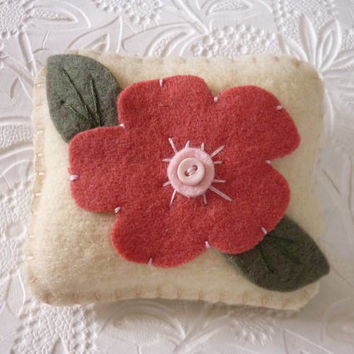 Primitive Flower Pincushion Wool Felt Penny Rug Style Applique