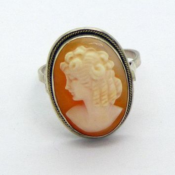 Art Deco Oval Left Faced Shell Cameo Sterling Silver Ring, Size 6.5