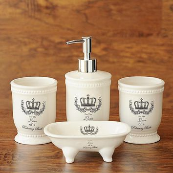 Ceramic Crown Bathroom Accessories Four-piece Set Zakka British Style Bathroom Products Set Home Decor