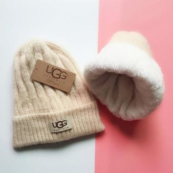 UGG Knit And Pom Hat Cap-2