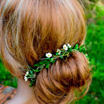 Mini white flower bun garland/tinkerbell woodland/green millinery/woodland/boho/bohemian headband