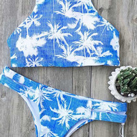 Cupshe Sporty On the Beach Coconut Bikini Set