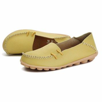 Big Size Pu Pure Color Soft Sole Breathable Casual Lace Up Flat Shoes For Women