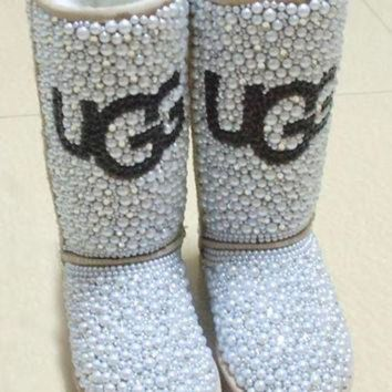 CREY1O Uggs classic tall ladies boot fully blinged in pearls & crystals